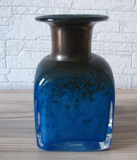 Boda / Sveden, small art glass vase from Bertil Vallien