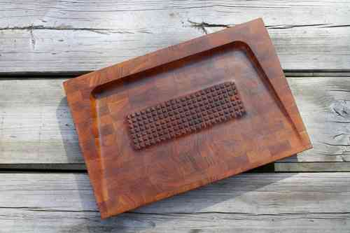 DIGSMED teak steak board
