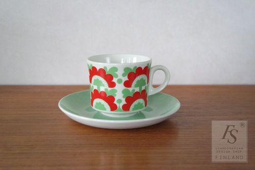 Arabia UNKARI coffee cup and saucer, model BR