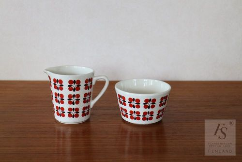 Arabia EVELIINA sugar bowl and creamer