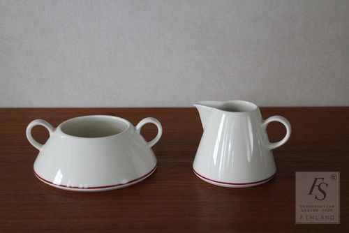 Arabia Harlekin RED HAT sugar bowl and creamer