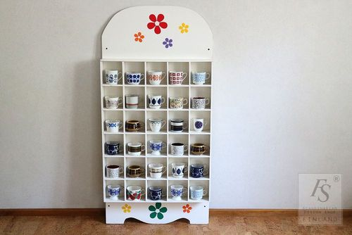 Retro style cup pigeonhole wall shelf