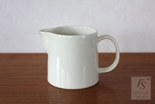 Arabia TEEMA pitcher