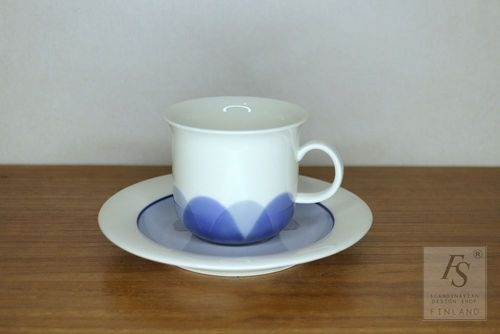 Arabia ARCTICA Pudas coffee cup and saucer