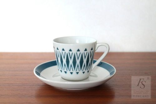 ARABIA stencil decoration coffee cup and saucer